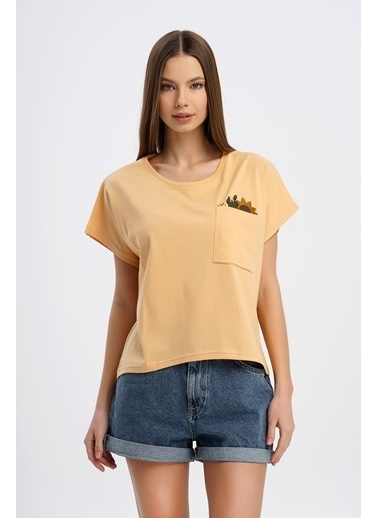 Nismia Ayçiçeği Nakışlı Cepli Yarasa Tshirt Somon